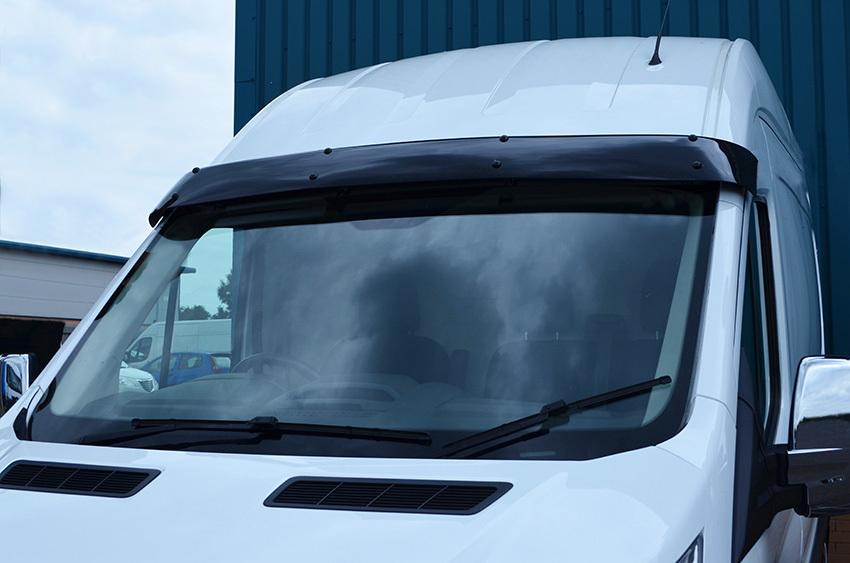 Volkswagen LT Sun-visor (shiny black) -Tuningparts for vans- c0487c1ffeb
