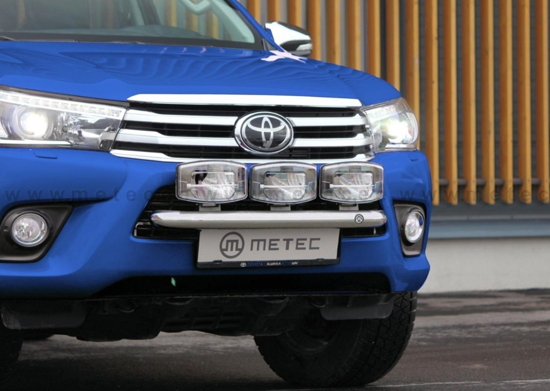 Toyota hilux small light bar 2016 km parts tuningparts for vans toyota hilux small light bar 2016 mozeypictures Gallery