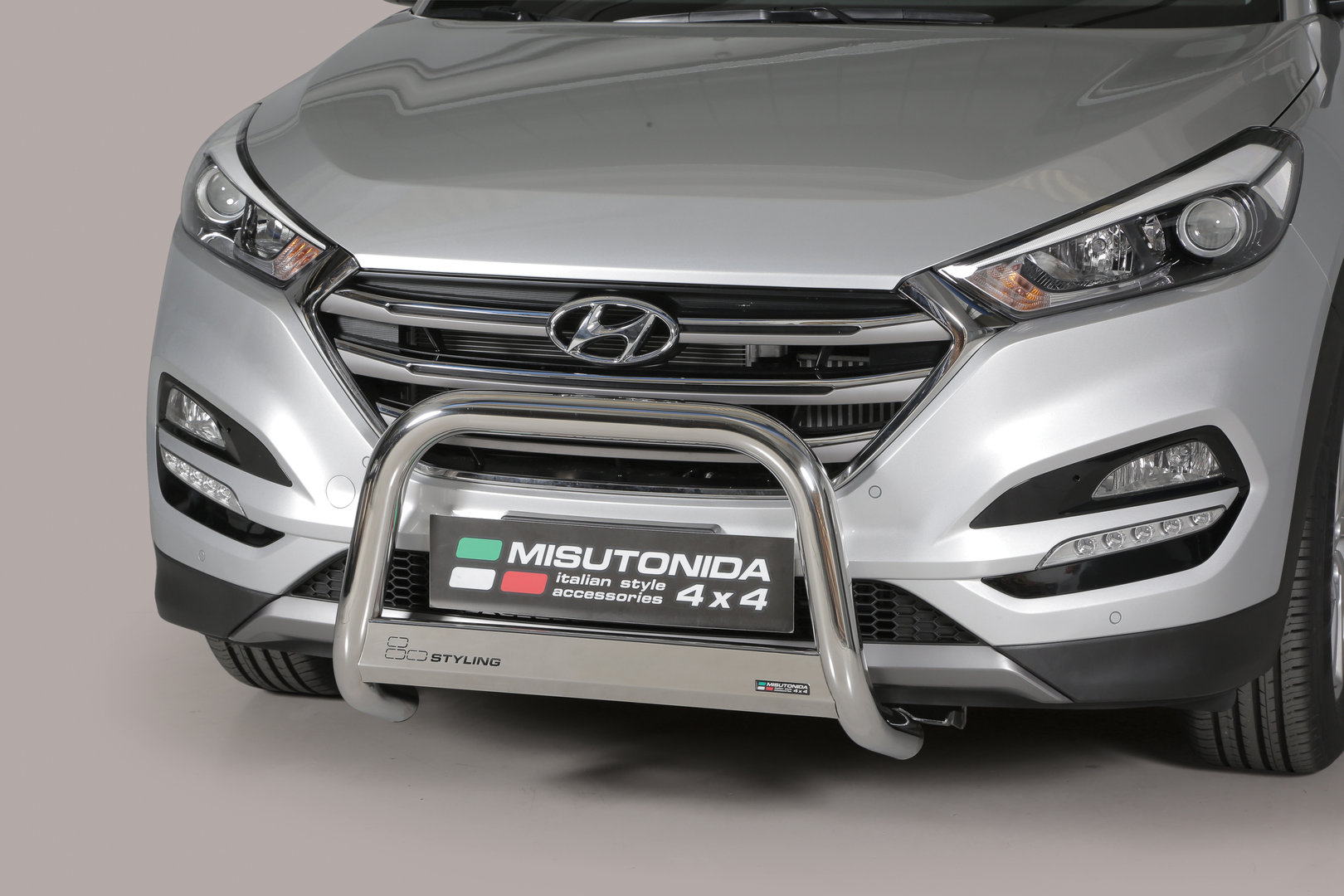 hyundai tucson front guard 2015 tuning and lightining. Black Bedroom Furniture Sets. Home Design Ideas